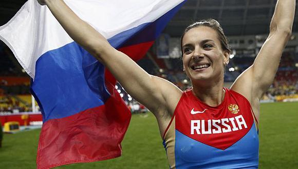 Isinbayeva quiere volver para el Mundial de Pekín y las Olimpiadas de Río. (AFP)
