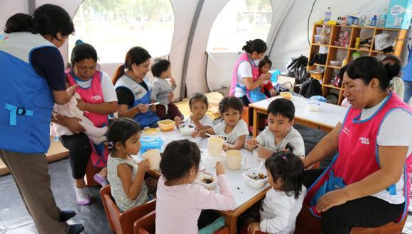 El Ministerio de Desarrollo e Inclusión Social, a través del Programa Nacional Cuna Más, instaló cunas de manera temporal. (Foto: Andina)