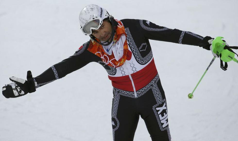 El traje de mariachi con el que compitió hoy el veterano esquiador mexicano Hubertus von Hohenlohe en el slalom se llevó todas las miradas en los Juegos Olímpicos de Sochi. (Reuters)