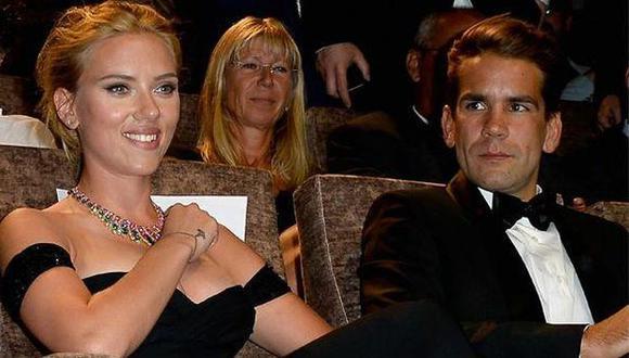 Scarlett Johansson y Romain Dauriac habrían puesto fin a su matrimonio. (Univision)
