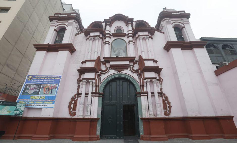Templo de Nuestra Señora de Copacabana en el Rímac.