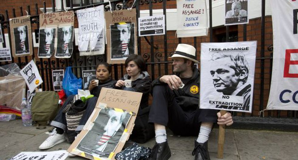 Protestas a favor de Assange. (Reuters)
