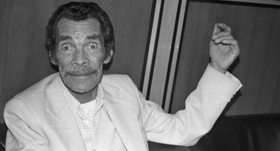 Esta foto fue tomada en mayo de 1988, en el aeropuerto Jorge Chávez. Ramón Valdés había venido al Perú a grabar comerciales de turrón San José. (Foto: Archivo histórico de El Comercio)