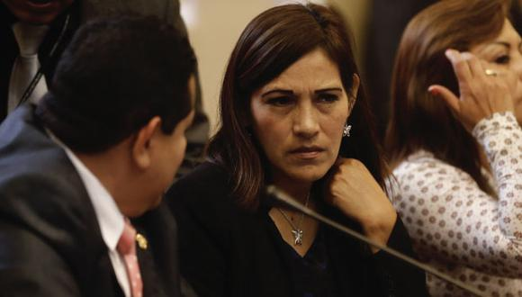 """Milagros Salazar: """"Si Bruce está tan interesado en un indulto humanitario, le pido que presente el proyecto"""". (Perú21)"""