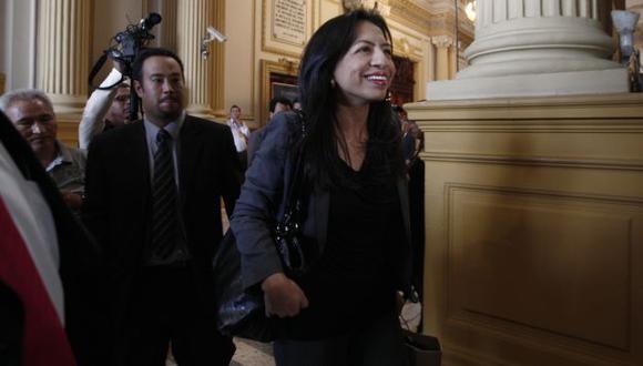 Se rebela. Ministra Gladys Triveño advierte que no aceptará el fallo judicial sobre polémica norma. (Nancy Dueñas)