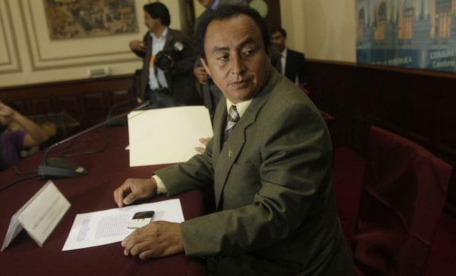 Integrantes del gabinete ministerial le piden a Santos que se siente a dialogar. (César Fajardo)
