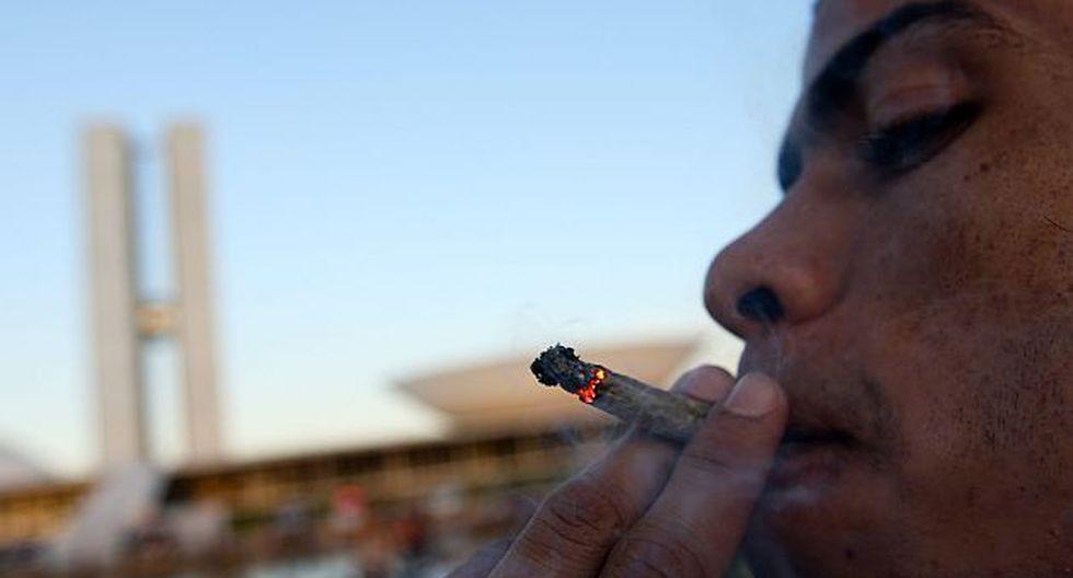 Publicidades fueron colocadas luego de un editorial donde se mostraron a favor del consumo de la marihuana. (EFE)