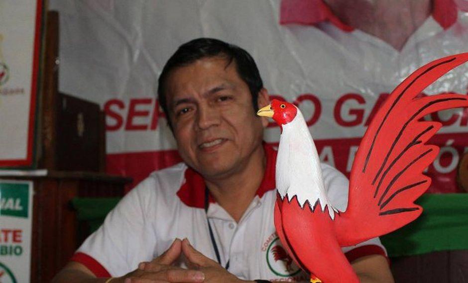 Ronny Pasapera Quezada es investigado por los delitos de seducción, violación y abuso de autoridad. (Foto: Facebook Ronny Pasapera)
