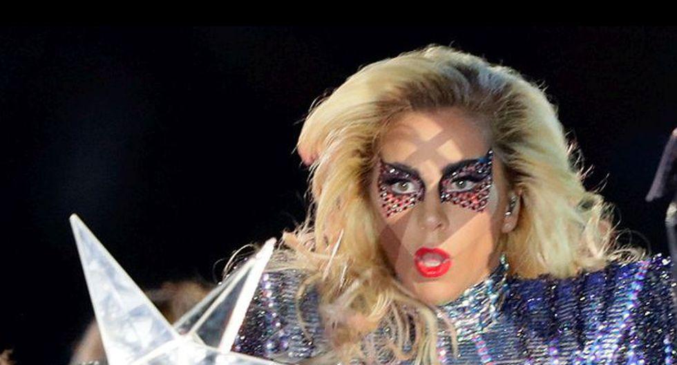 Lady Gaga sufrió aparatoso accidente durante su presentación en Las Vegas. (Getty Images).
