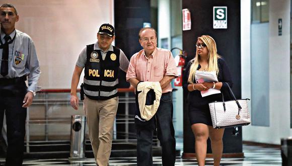 tan lejos del poder. Exsecretario Luis Nava fue detenido el pasado 16 de abril junto a otros siete investigados por el caso Odebrecht. (Piko Tamashiro)