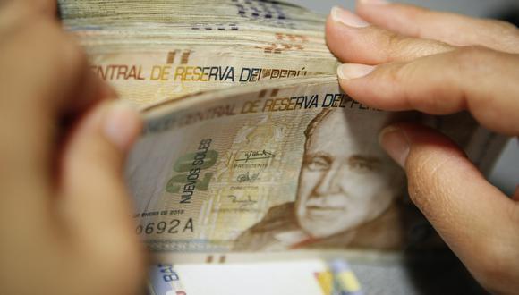 Con el Programa de Garantías COVID-19, trabajado entre el Ejecutivo y el Congreso, las entidades financieras deberán a reducir como mínimo entre 15% a 25% sus tasas de interés. (Foto: GEC)