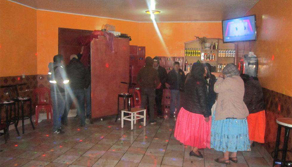 Juliaca: Policía interviene local de prostitución en Puno (Foto: Jimmy Valencia)