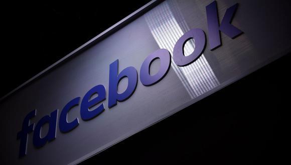 Para Facebook, la aparición de estos fraudes con su criptomoneda incluso antes de su lanzamiento es un golpe. (Foto: EFE)