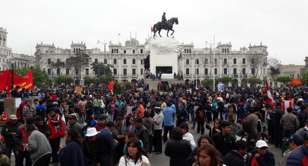 Huelga de maestros no termina a pesar de reunión de PPK con dirigentes del Sutep. (Diego Daza/Perú21)