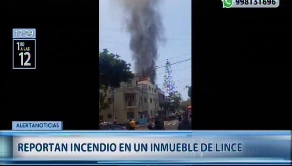 Incendio en inmueble de Lince moviliza unas 8 unidades del Cuerpo de Bomberos. (Captura: Canal N)