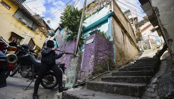 Matrixuela. (Photo by LUIS ROBAYO / AFP).