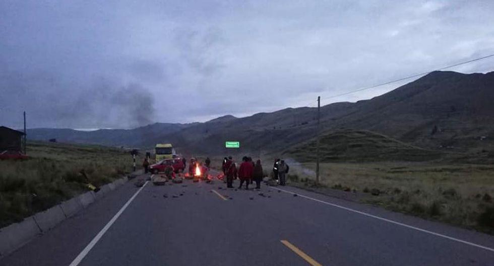 El paro agrario en Cusco se desarrolla con la paralización de buses. (Facebook/@ReporterosSur)