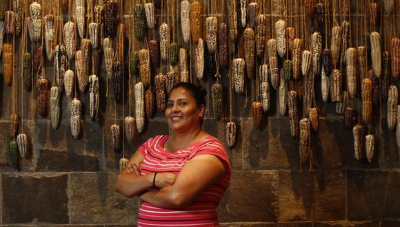 """""""Si algo saqué de mi madre es la valentía, la fuerza que ella puso en la vida con seis hijos, con mi padre que también le sacaba canas verdes"""", declara la chef Palacios (Piko Tamashiro/Perú21)."""