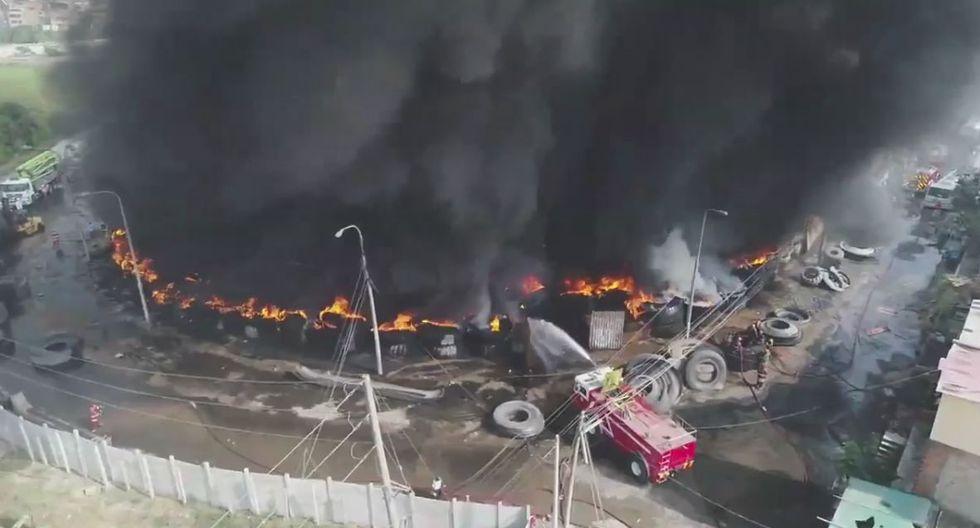 Bomberos reportaron la emergencia sobre las 3 de la madrugada. (El Comercio)