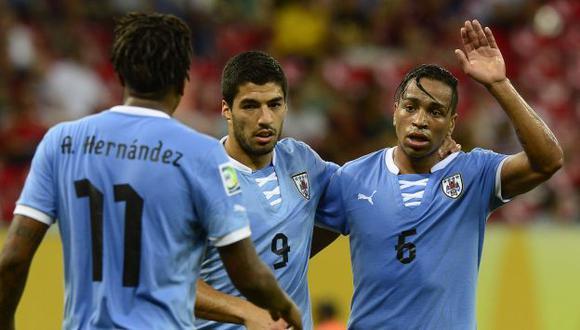 'Charrúas' fueron pifiados por la afición pese a sus goles. (AFP)