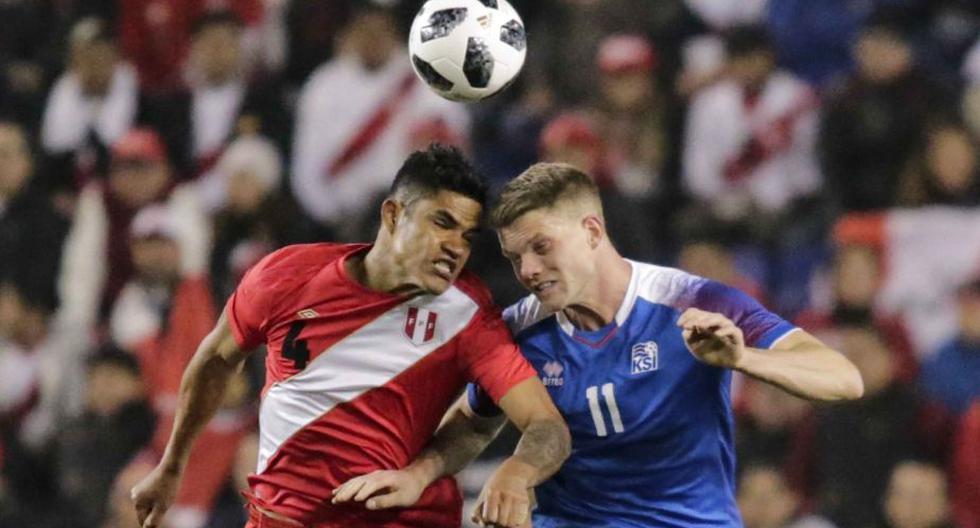 Perú vs. Islandia: Anderson Santamaría fue calificado como 'crack' tras partido amistoso. (EFE)