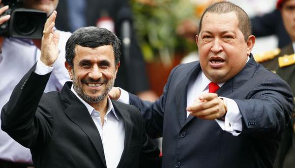 Ambos mandatarios estrecharon sus lazos. (Reuters/YouTube)