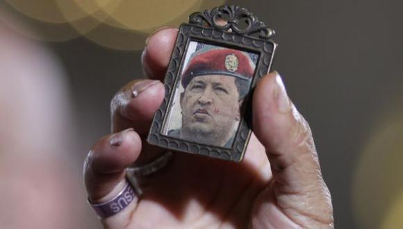 ¿ESTÁ VIVO? Hasta ahora, el oficialismo no ha dado información exacta sobre la salud de Chávez. (AP)