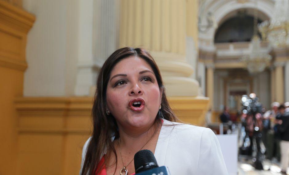 La congresista Karina Beteta, de Fuerza Popular, cuestionó que no se haya utilizado hasta el momento el informe de la Comisión Lava Jato. (Foto: GEC)