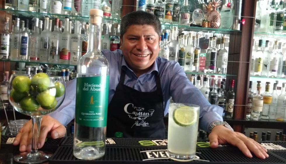 El 'Capitán Meléndez', es uno de los barmans más reconocidos de nuestro país y difusor de distintos cócteles a base de nuestro pisco. (Foto: Kenyi Coba)
