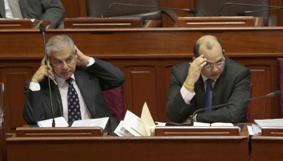 Premier César Villanueva y titular de Economía, Luis Castilla, deberán convencer sobre alcances de la medida. (César Fajardo)