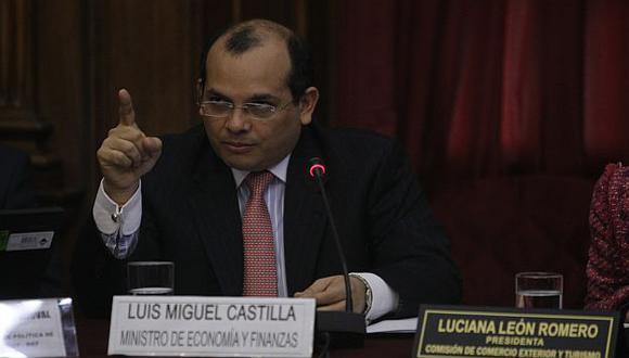 Luis Castilla se presenta en el Congreso. (Rafa Cornejo)