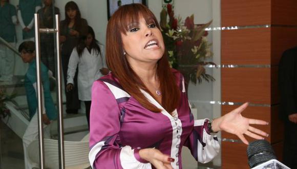 Magaly Medina le habla fuerte a Laura Bozzo. (USI)