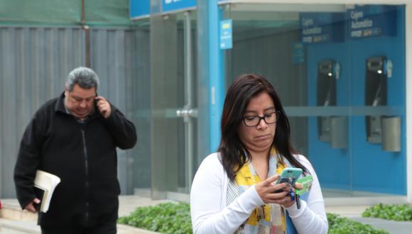 Los usuarios con planes postpago representan el 35% del mercado de telefonía móvil. (Foto: GEC)