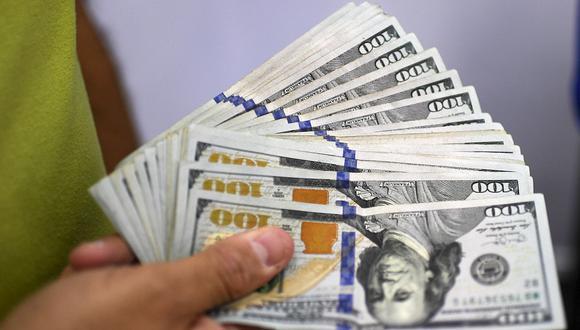 En el mercado paralelo o casas de cambio, el tipo de cambio se cotizaba a S/ 3.630 la compra y S/ 3.655 la venta. (Foto: AFP)