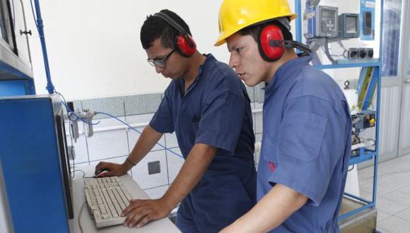HAY VACANTES. Especialistas pueden ganar más de S/.4 mil al mes. (Perú21)