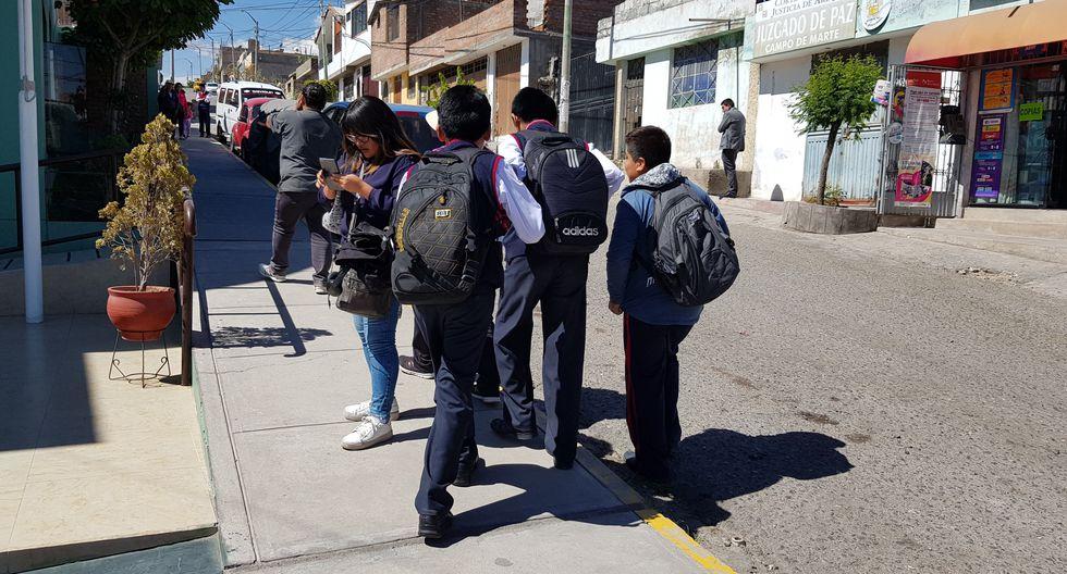 Al menos 18 alumnos fueron golpeados por el profesor Ernesto Murillo. (Lino Mamani)