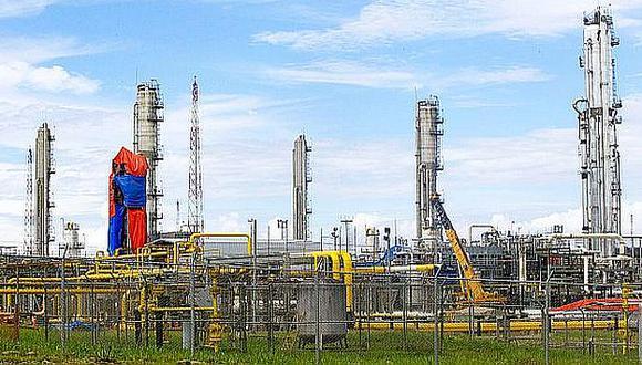 El sector hidrocarburos enfrenta trabas burocráticas y temores ambientales. (Reuters)