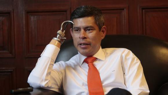 El legislador aseguró que no se recuperará la confianza que había en otros gobiernos. (Mario Zapata/Perú21)