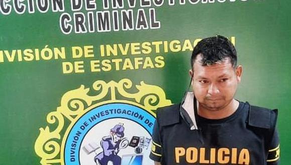 El detenido José Peña dijo al momento de su detención que solo entregaba los documentos a la persona que lo solicitó. (PNP)