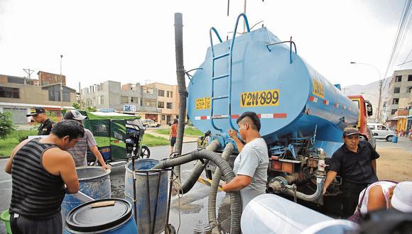 Plan de contingencia. Más de 200 camiones cisterna distribuirán agua potable de manera gratuita. (Giancarlo Ávila)