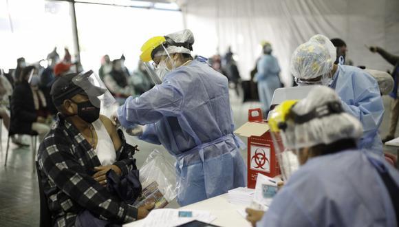 A la fecha, en el proceso de vacunación contra el COVID-19 en el Perú se aplican dos dosis. (Joel Alonzo/@photo.gec)
