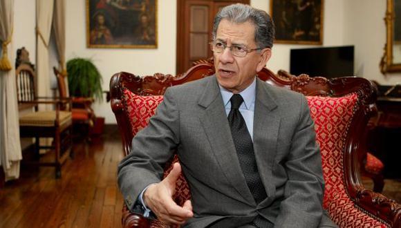 El presidente del Tribunal Constitucional, Óscar Urviola, anunció que se investigará denuncia sobre presunto pago para favorecer a Roberto Torres. (Perú21)