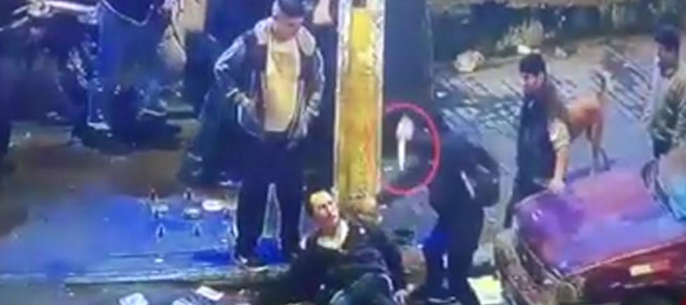Vídeo muestra horrible ataque contra un mototaxista en Ate Vitarte. (Captura ATV+)