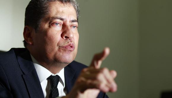 """""""No me someto a presiones de ningún tipo y los que quieran hacerlo saben que conmigo no van a encontrar resultados favorables"""", señaló Espinosa-Saldaña. (Foto: Andina)"""