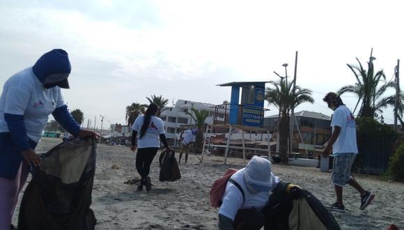Ica: 30 pescadores artesanales de la Caleta de Paracas participaron en la jornada de limpieza. (Foto: ANA)