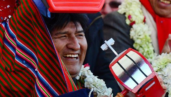 Evo defiende la hoja de coca. (AFP)