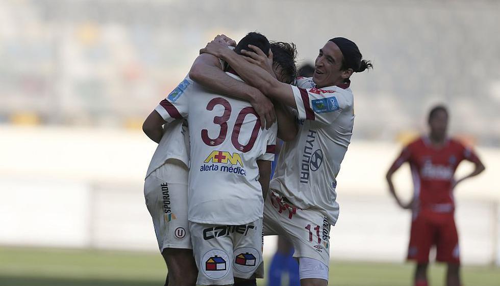 Universitario venció 2-0 a Cienciano en el estadio Monumental. Los cremas figuran entre los líderes del Torneo Clausura 2014 con 6 puntos. (Martín Pauca)