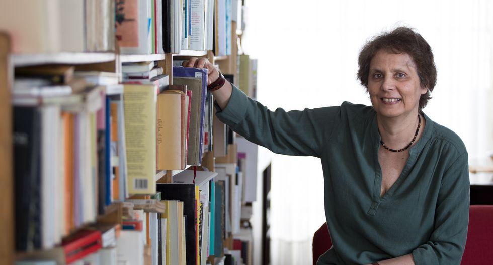 Conversamos con la poeta Rossella Di Paolo. (Perú21/ Angela Ponce)