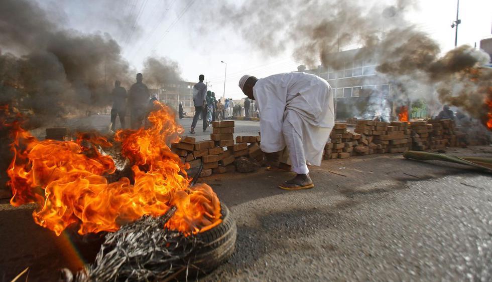 Al menos trece muertos deja desalojo en zona de protesta en Sudán. (Foto: AFP)