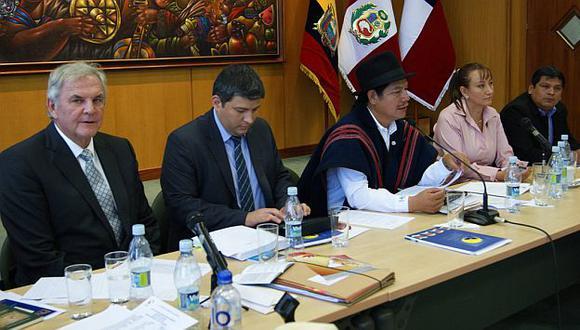 Parlamentarios andinos rechazan anuncio de cierre de organismo. (Facebook)